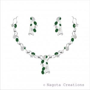White gold - Emerald and Diamond necklace