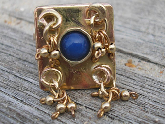 Gold and Lapis Lazuli Ring
