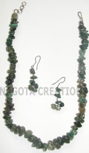Beautiful Polished Raw Emerald Neckline with Earrings