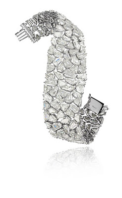 Platinum and diamond cuff bracelet (60 carats)