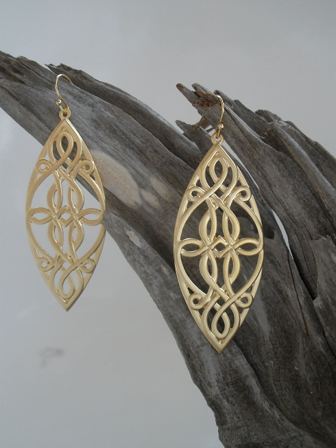 Organic Shapes by Trinkets Jewelry Designs
